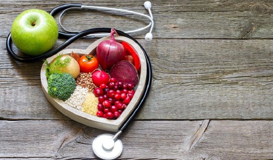 plat de fruits et légumes