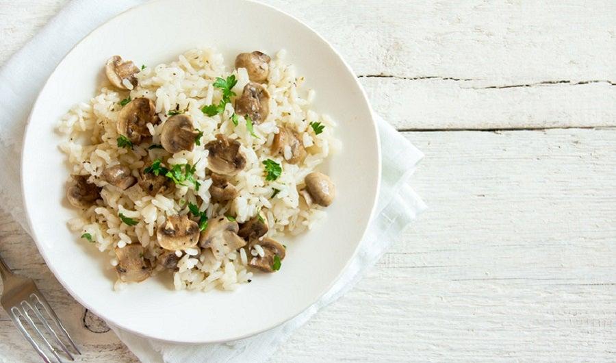 Assiette de risotto et champignons